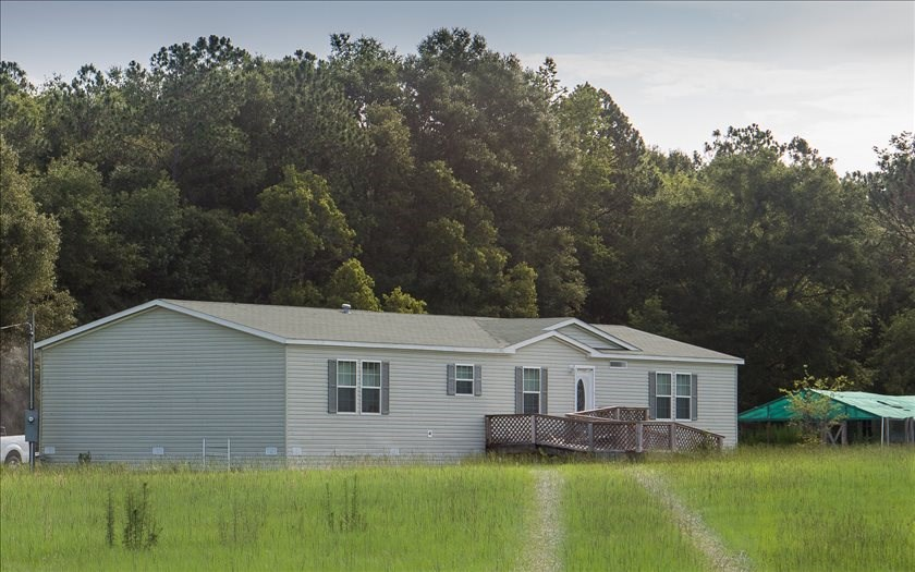 Nice Manufactured Home on 5 Acres in O'Brien
