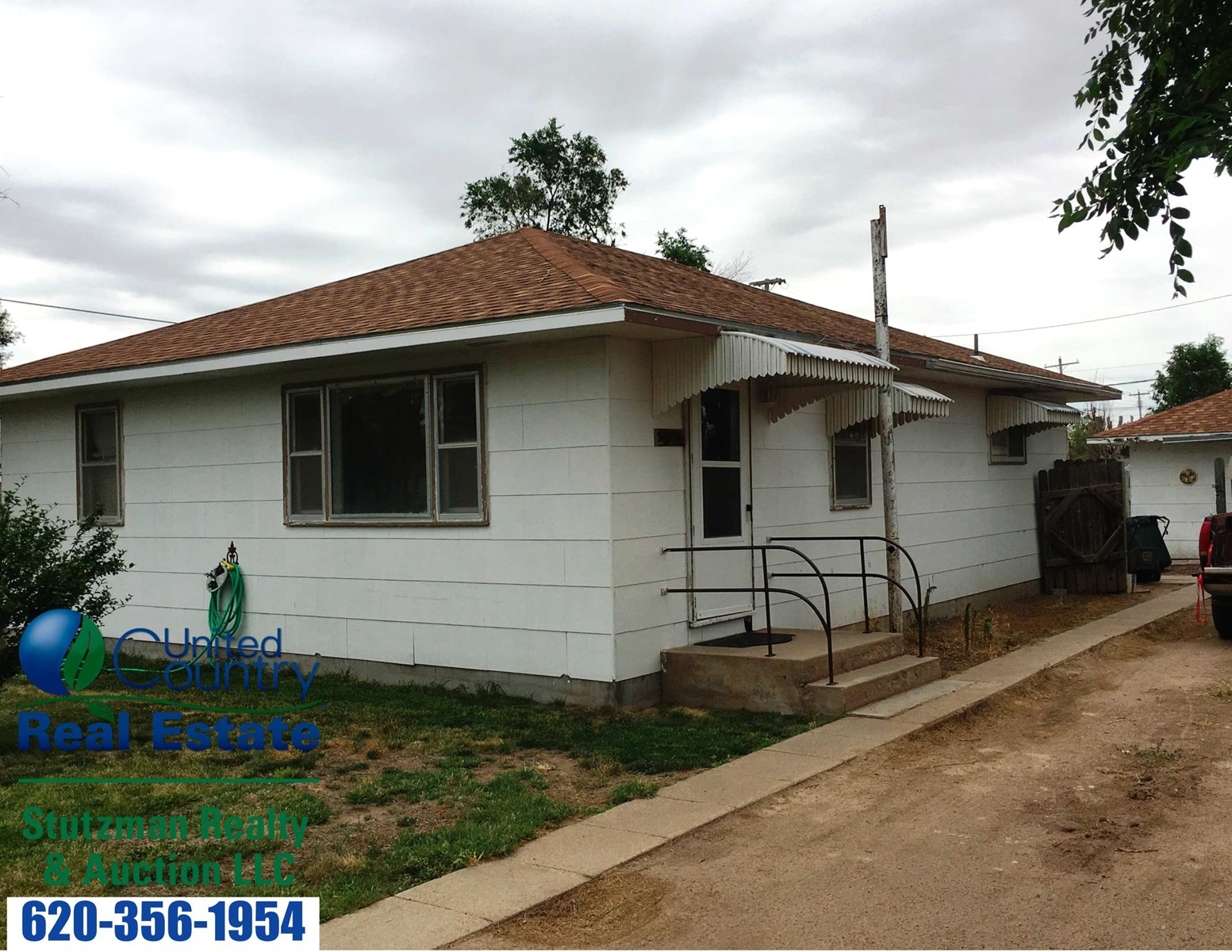 ATTRACTIVE, WELL MAINTAINED, IMMACULATE HOME FOR SALE