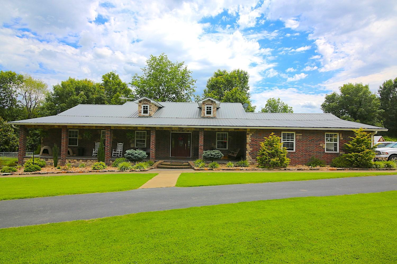 Farm For Sale on Myatt Creek in Fulton County Arkansas