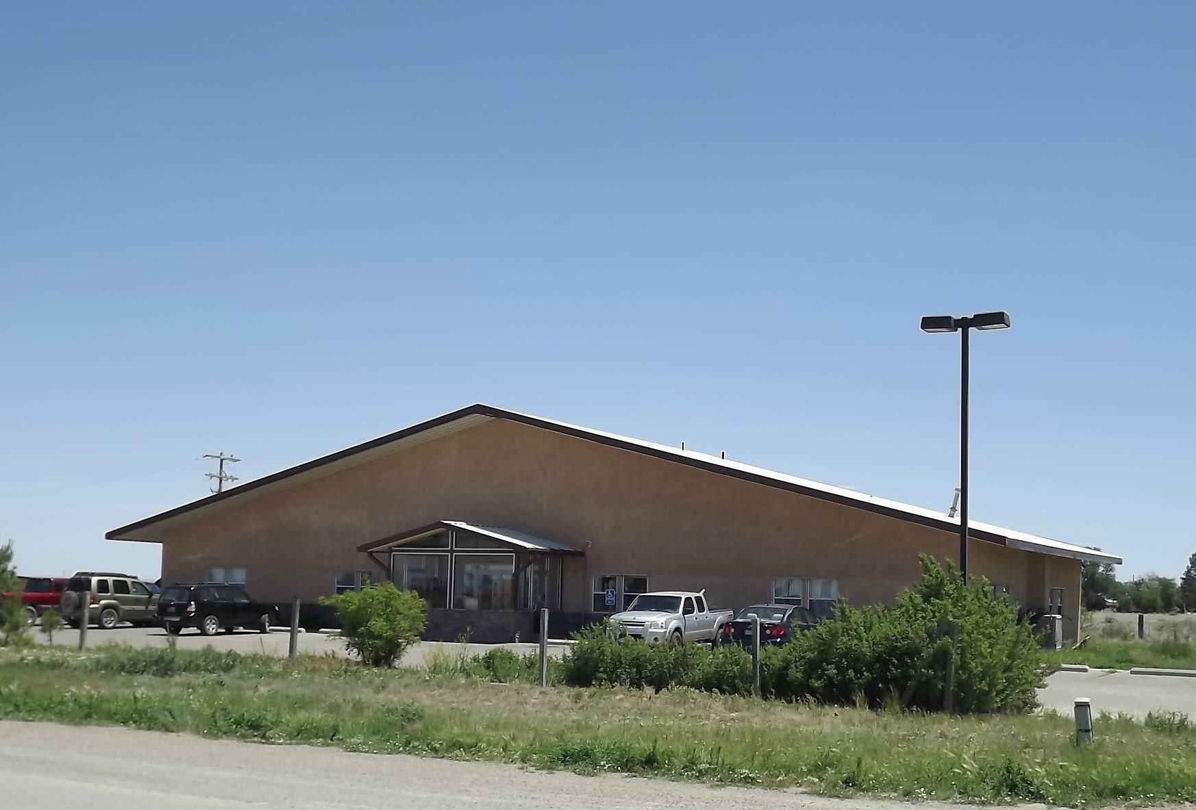 5130 SF Commercial Office Building For Sale in Estancia NM