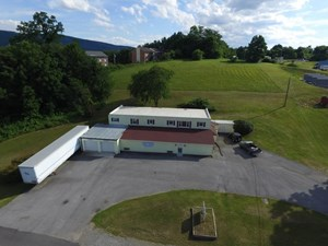 COMMERCIAL BUILDING WITH APARTMENTS IN WYTHEVILLE, VA