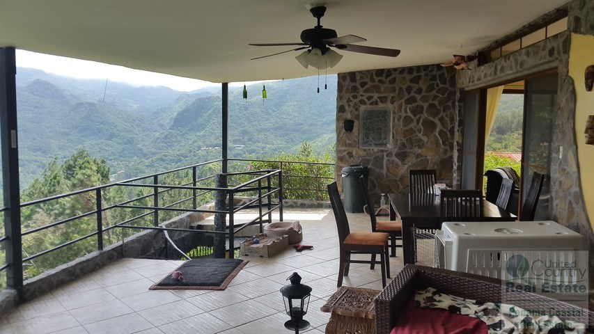 FIRE SALE********3 Bedroom Mountain House in Altos del Maria