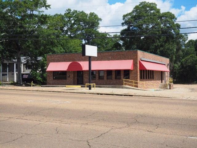 Restaurant Building SW Mississippi