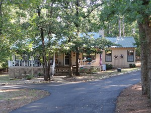 HOLLY LAKE RANCH HOME FOR SALE IN EAST TEXAS