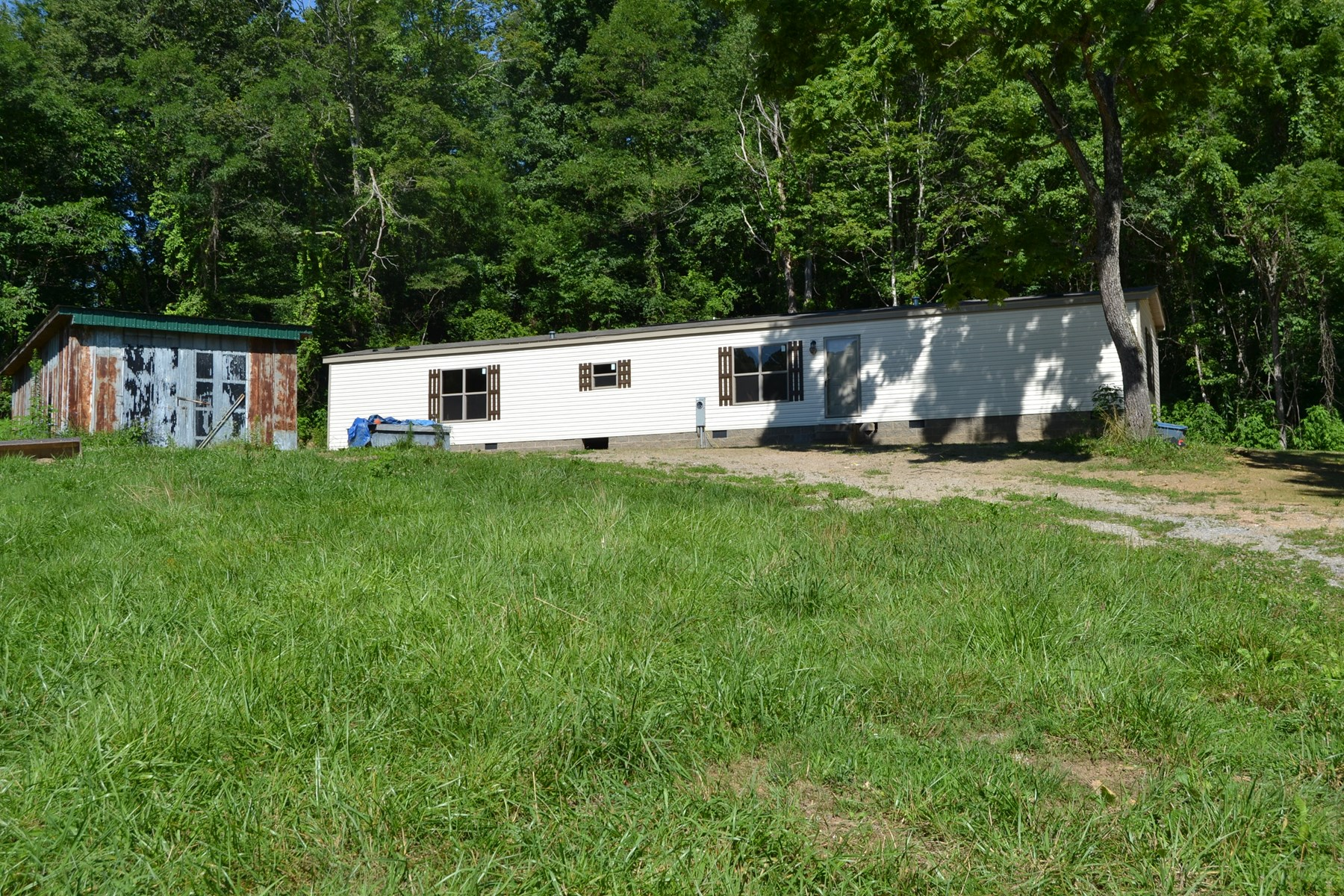 New Home and Acreage For Sale in Claiborne CO TN