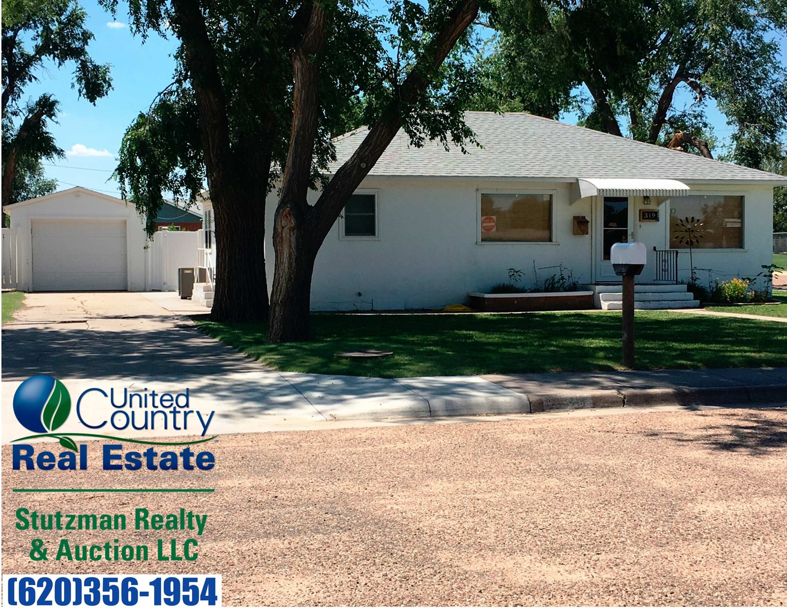 UPDATED AND REMODELED HOME FOR SALE IN ULYSSES, KS