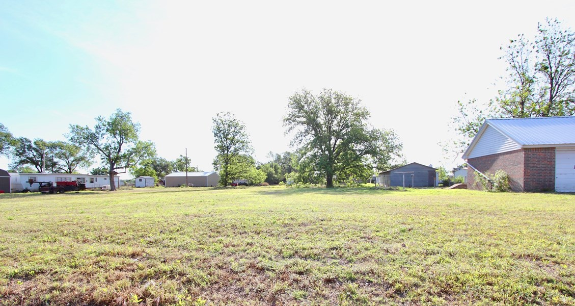 1/2 Acre of land