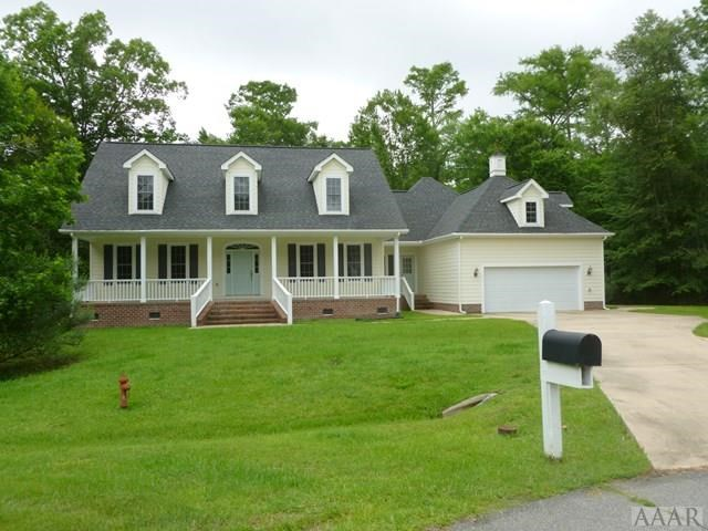 4 BR 3.5 BA Home for Sale in Hertford, NC Golfing Community