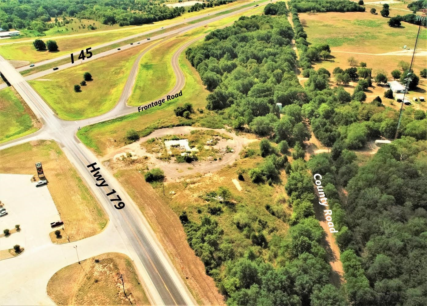 Commercial or Retail Property - Freestone County - Dew TX