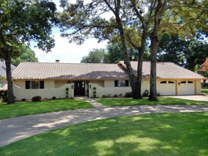 MEDITERRANEAN STYLE GOLF COURSE HOME FOR SALE EAST TX