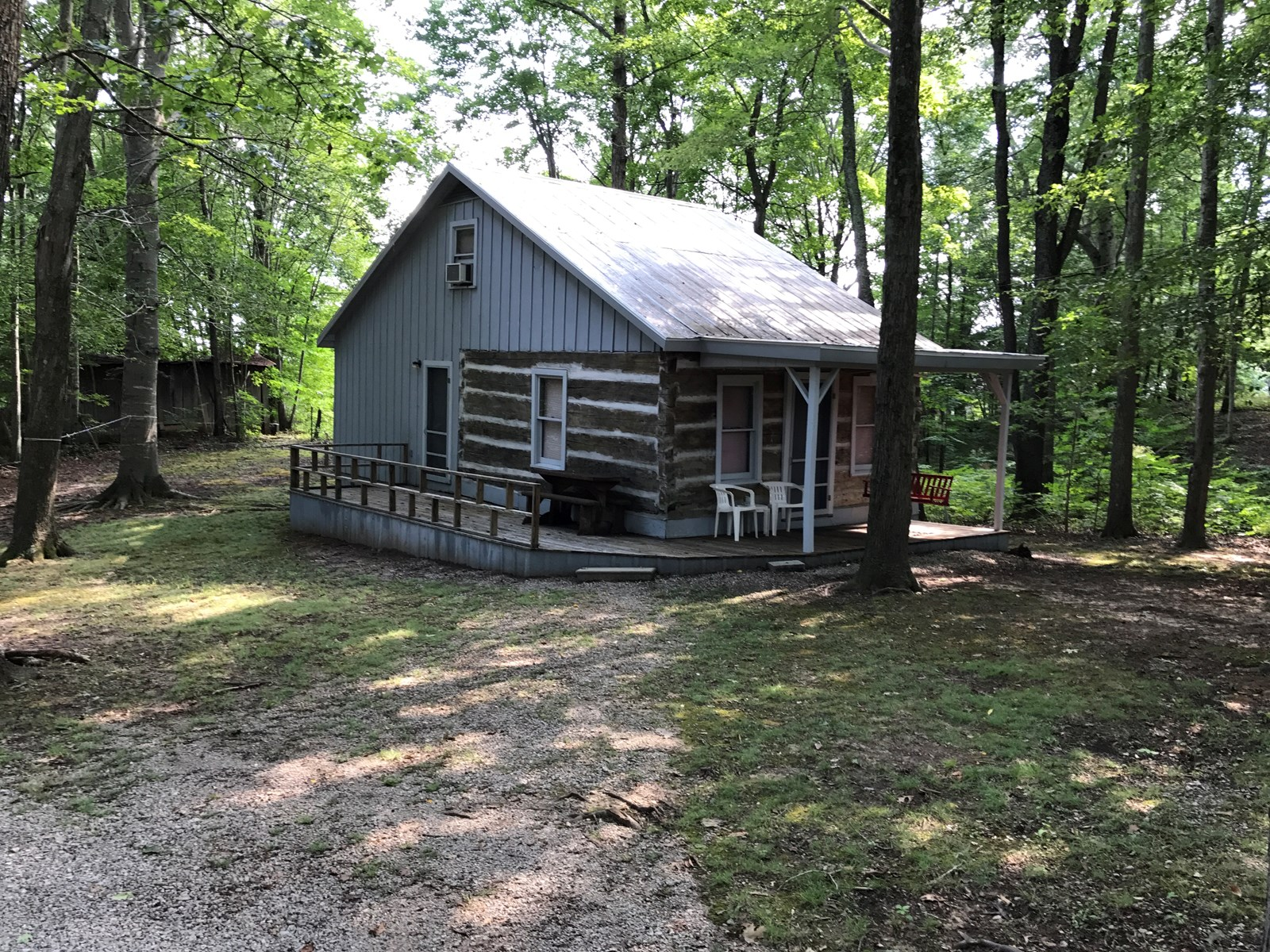PENDING!!! Country log home for sale in Albany, KY