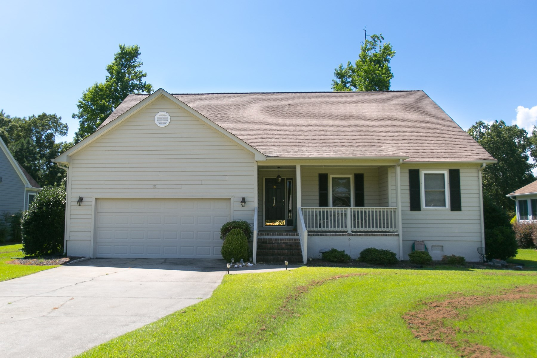 GOLF COURSE HOME IN ALBEMARLE PLANTATION-ONLINE ONLY