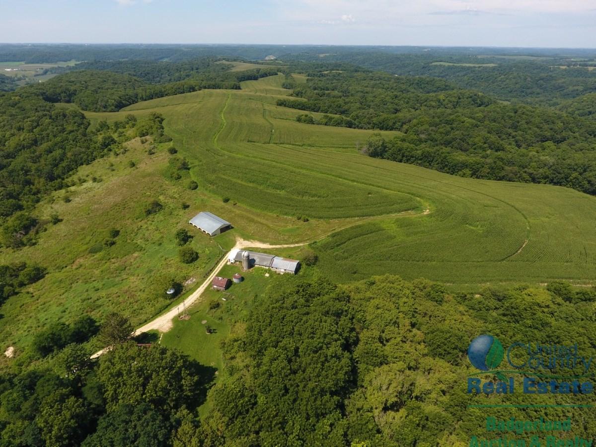 Scenic Farmette or Hunting Camp in Southwestern Wisconsin