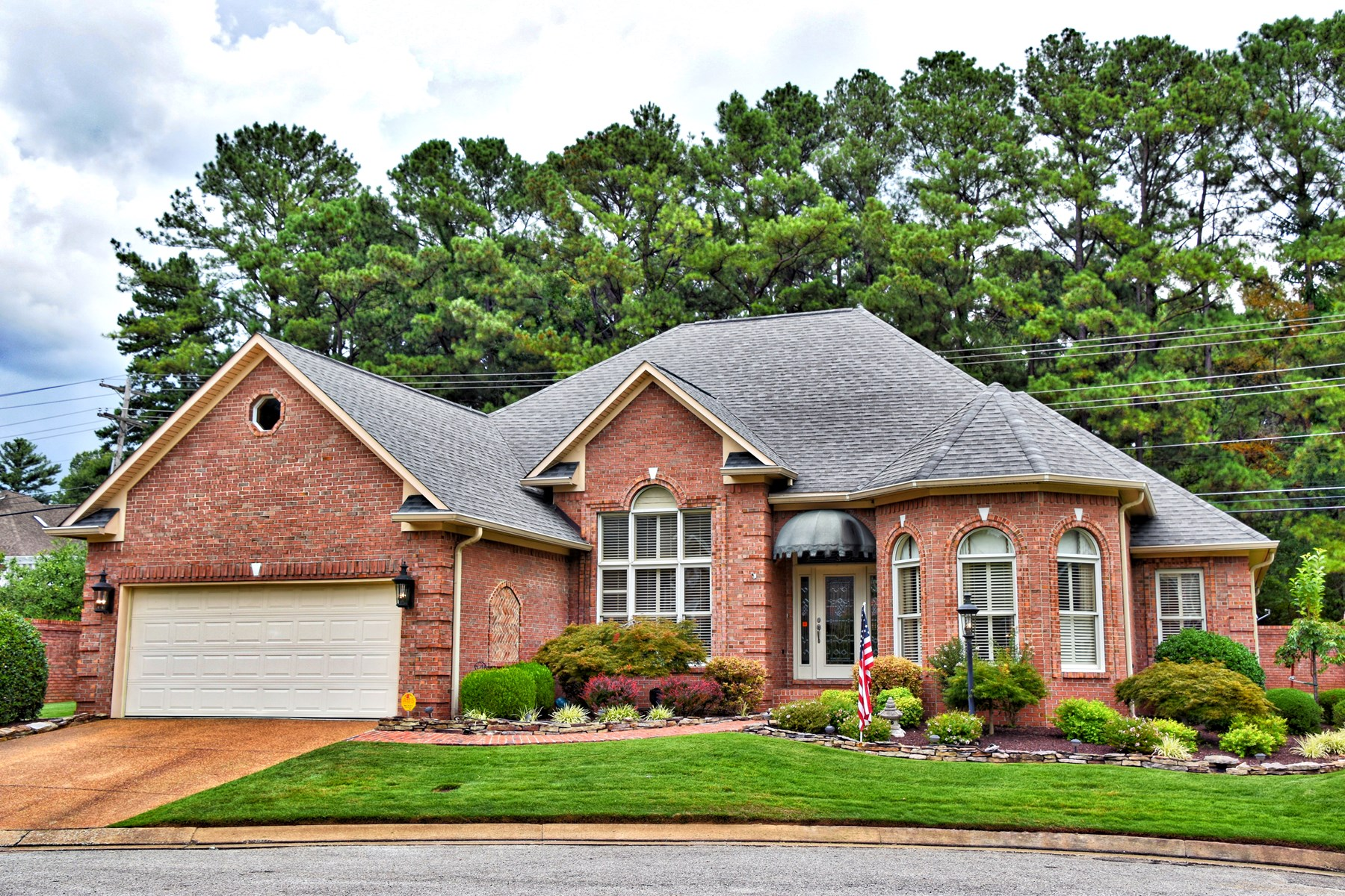Gated community Home for sale in Jackson TN, Adult living!