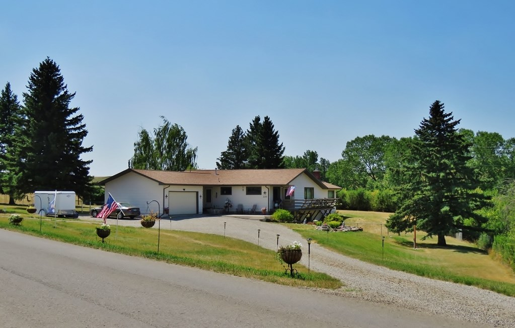 Lewistown Montana Country Home For Sale
