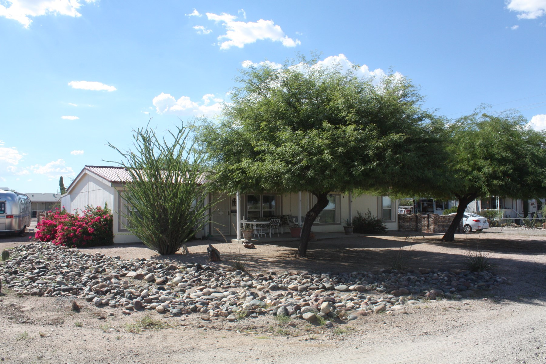 Three bedroom home Salome,AZ RV Hook-ups Garage and Storage