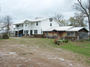 COUNTRY RESIDENCE/BED & BREAKFAST RETREAT LODGE ON 72 AC