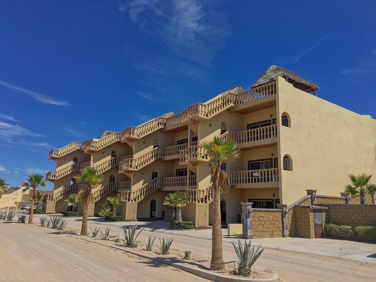 1BR Condominium Bungalow Bella Vita Playa La Jolla Encanto