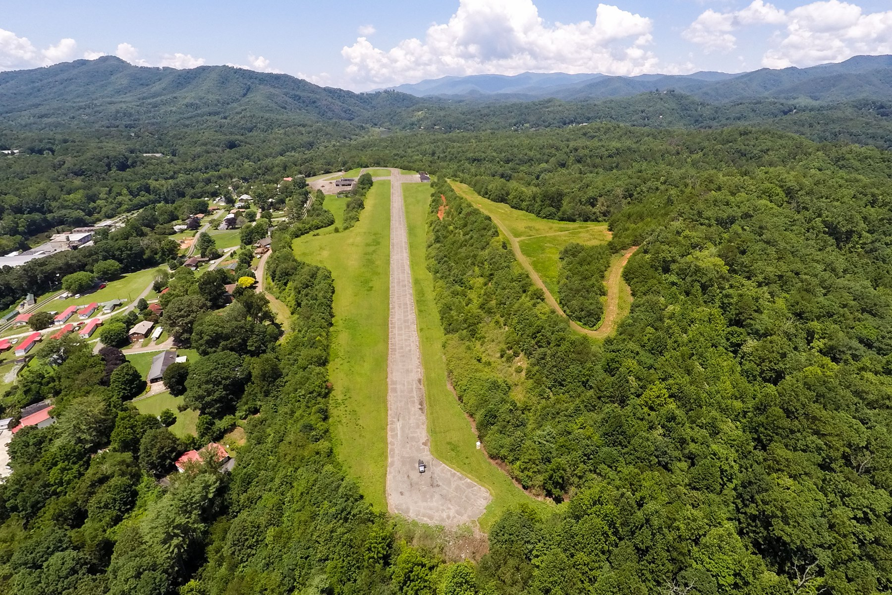 Bryson City Air Strip and Mid-Century Estate Home