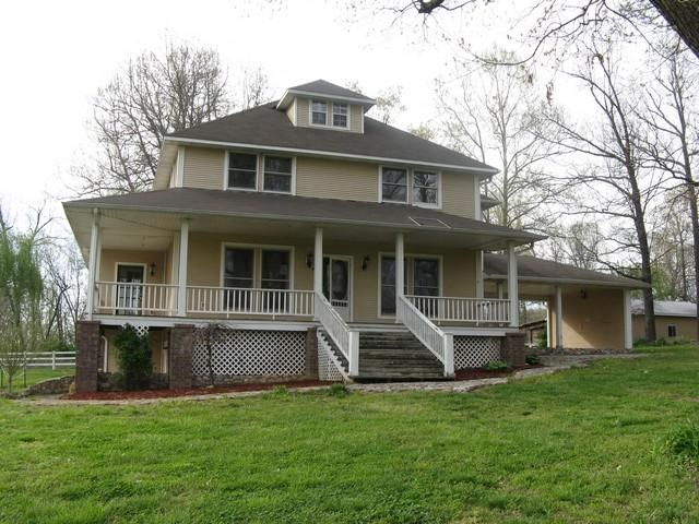Home For Sale In Koshkonong Missouri