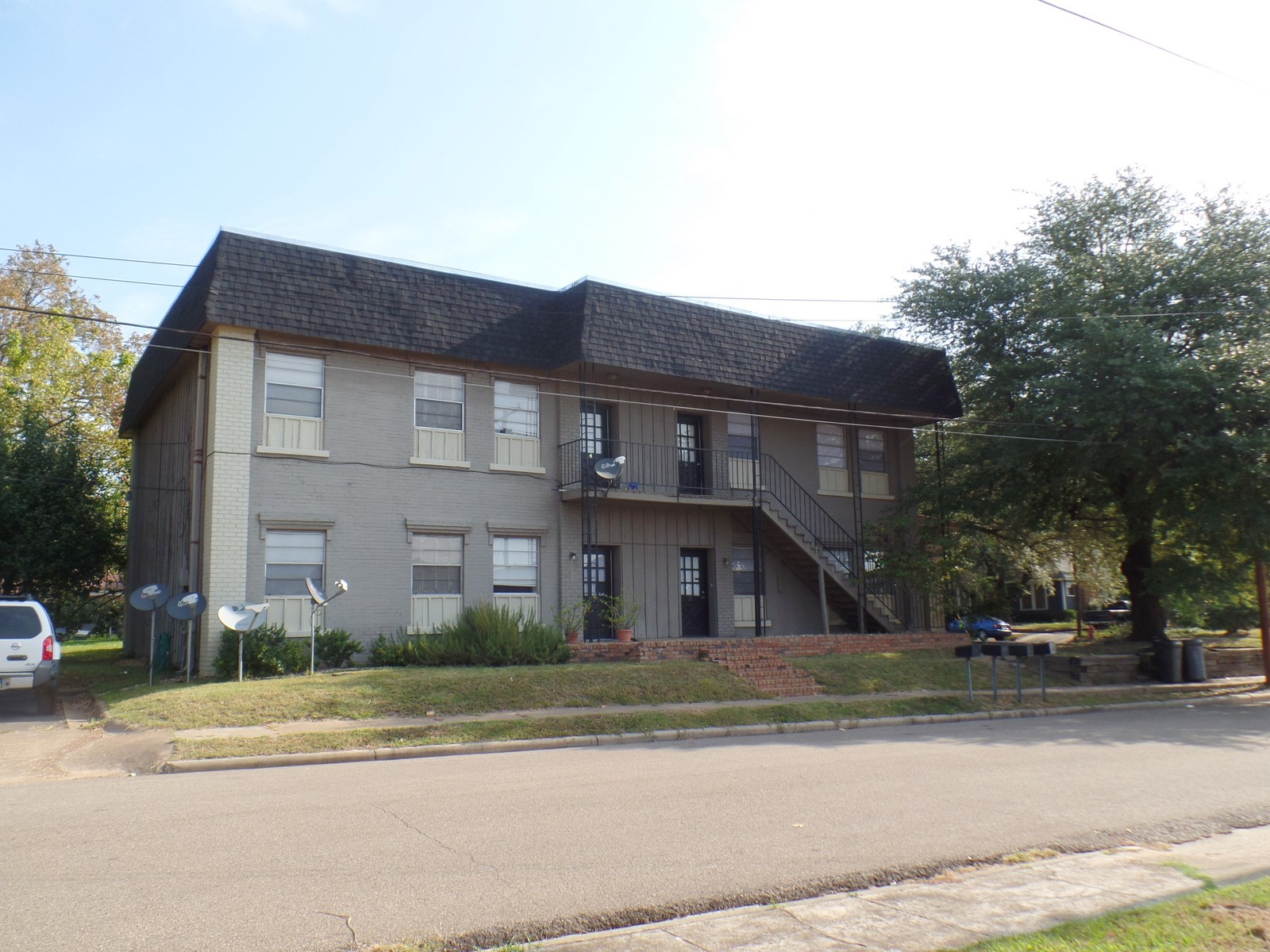 ATTENTION INVESTORS!  FOUR PLEX APARTMENTS WOOD COUNTY TEXAS