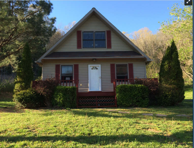 PENDING SALE!!! Country home for sale, Burkesville, Kentucky