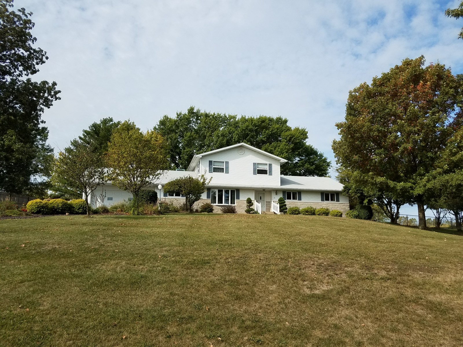 Country Home For Sale, Blacktop Road Frontage, Memphis, MO