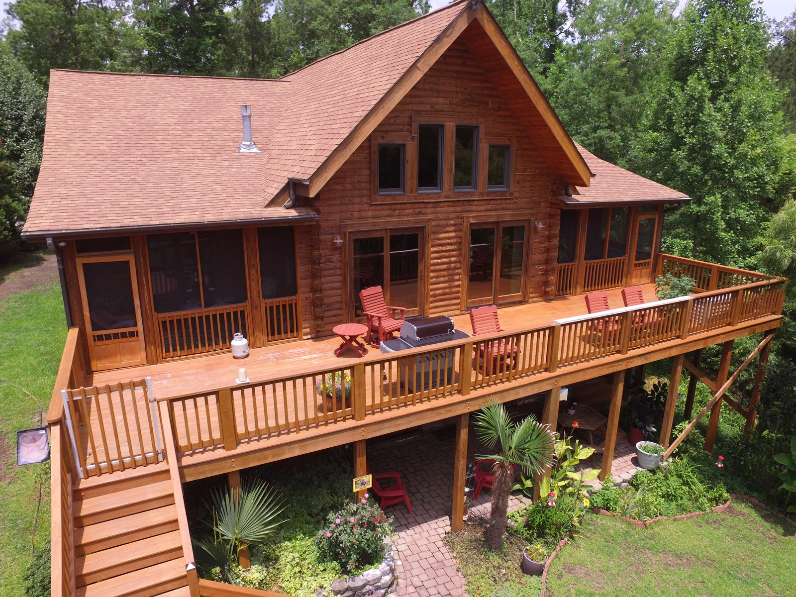 Waterfront Log Home for sale in Eastern, North Carolina