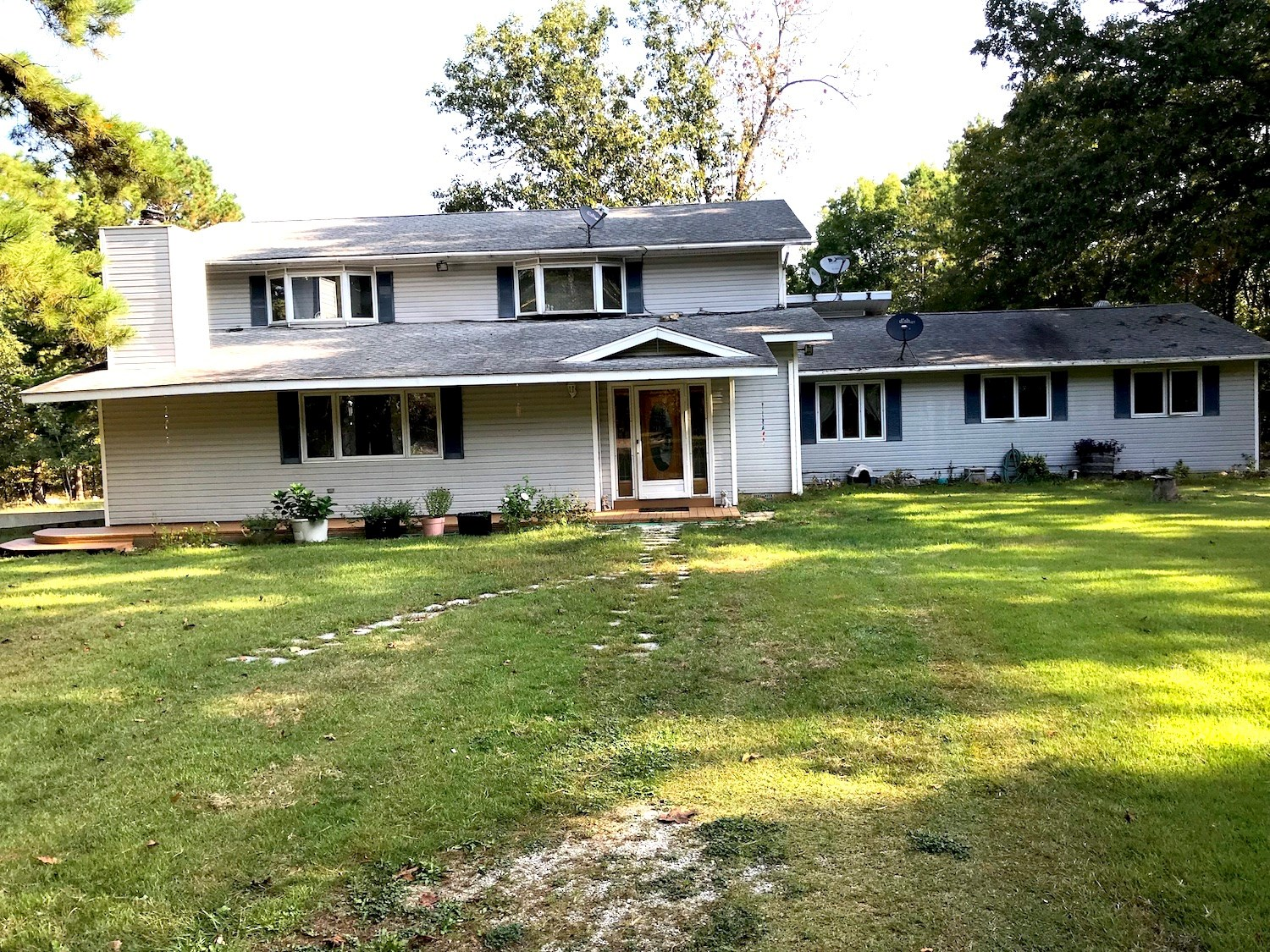 Country Home with 40 Acres for Sale in the Ozarks