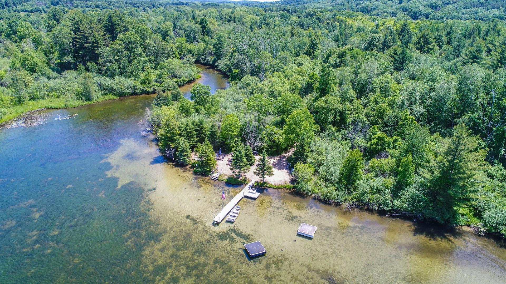 Acerage, Farmhouse Chain O' Lakes & Crystal River Waupaca WI