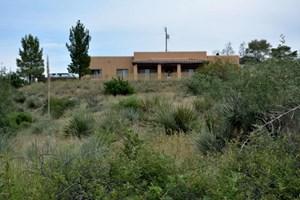SANTA FE STYLE HOUSE ON 5 ACRES OUTSIDE BENSON, AZ
