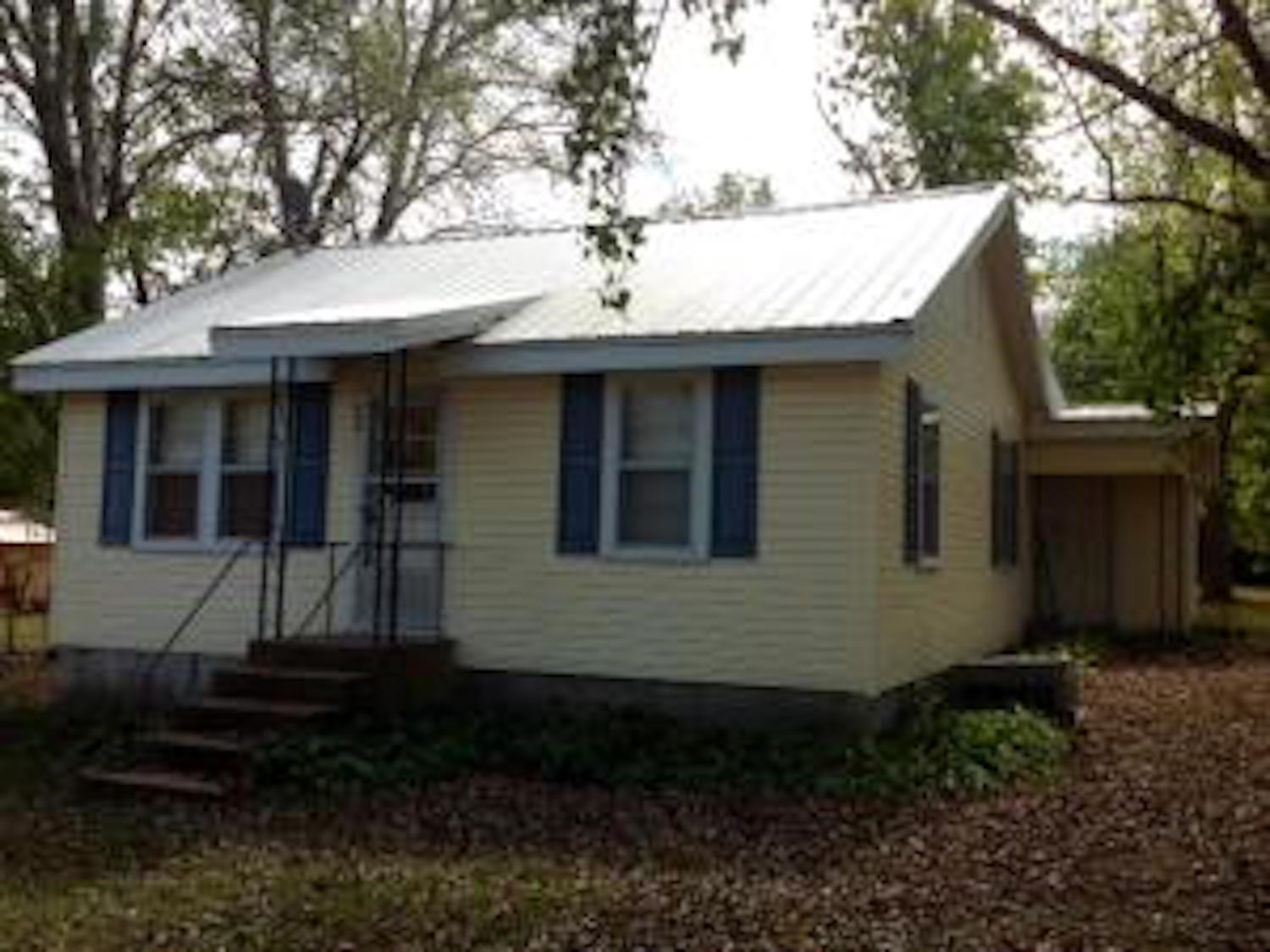 Home For Sale In Alton