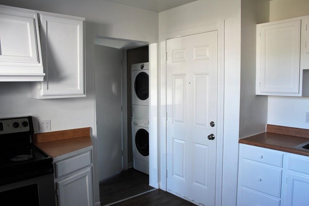Apt #1 Washer Dryer