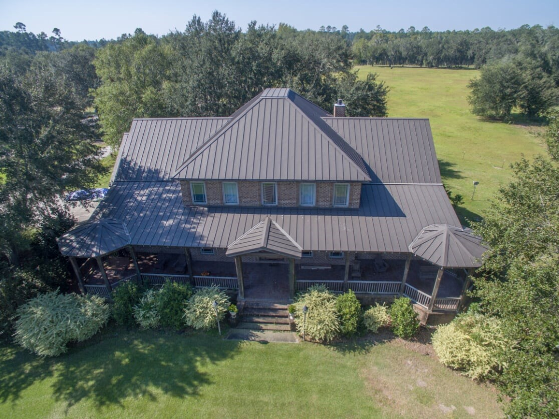 Custom Lakefront Country Home on 300+ Acres