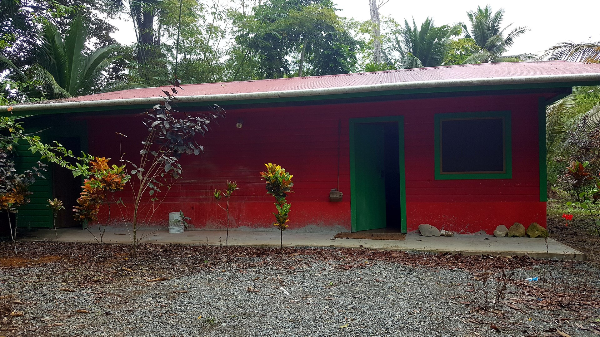 Titled partly finished Bocas del Toro Home  Big Creek Panama