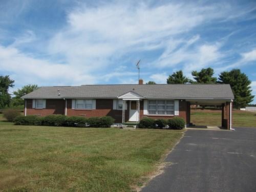 Beautifully Maintained Brick Home in Gretna, VA