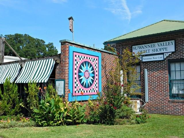 Thriving Retail Quilting Business in North Florida For Sale!