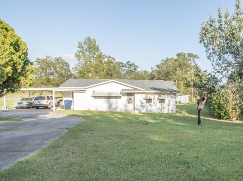 3B/1B HOME FOR SALE ON 3 ACRES SLOCOMB, ALABAMA