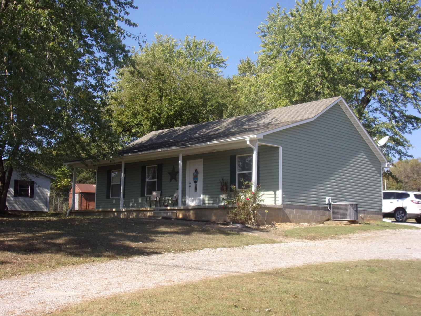 Country Home In North Arkansas For Sale, Maynard, Arkansas