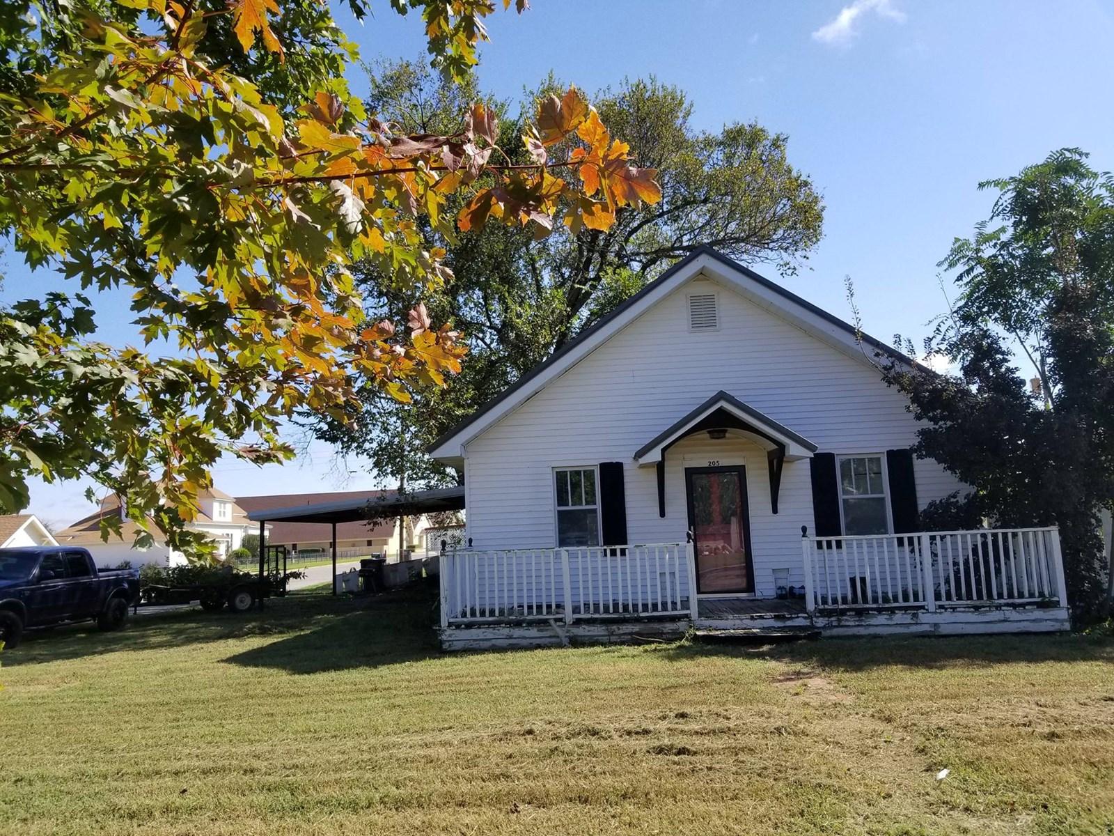 Hinton Oklahoma Home for Sale Caddo County