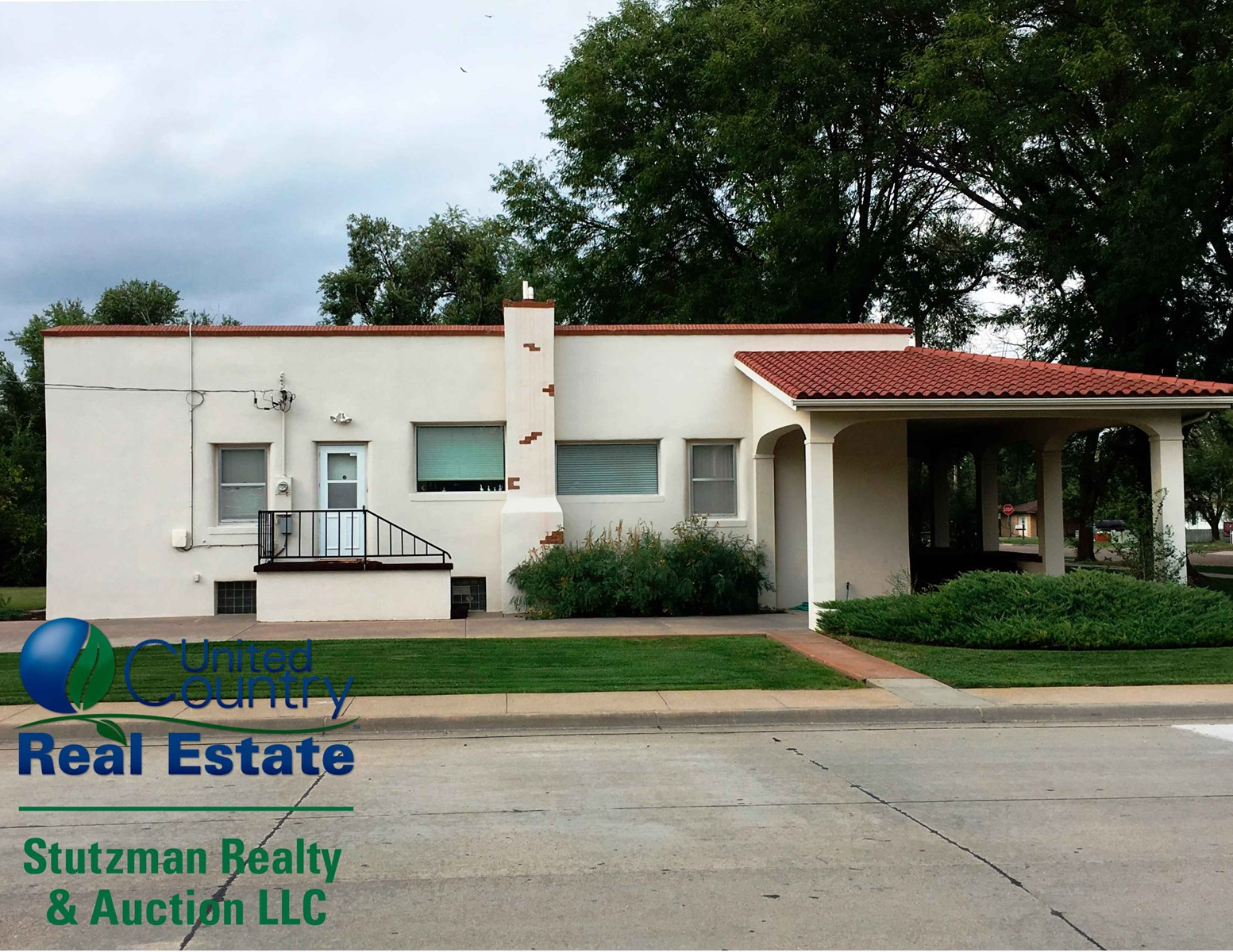 ABSOLUTE - NO RESERVE AUCTION IN ULYSSES, KANSAS
