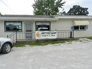 CENTRAL MO RESTAURANT LOCATED CLOSE TO TRUMAN LAKE AND LOZ