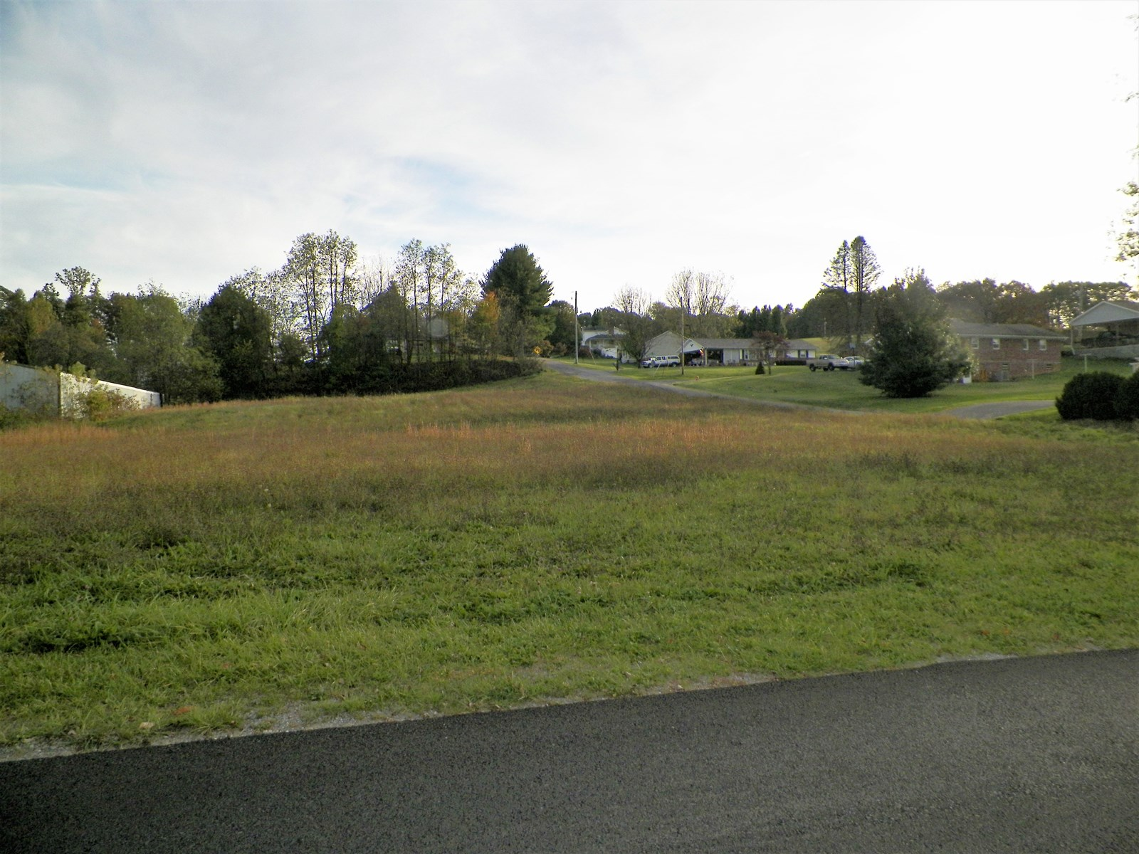 Beautiful Lot in Downtown Rural Retreat