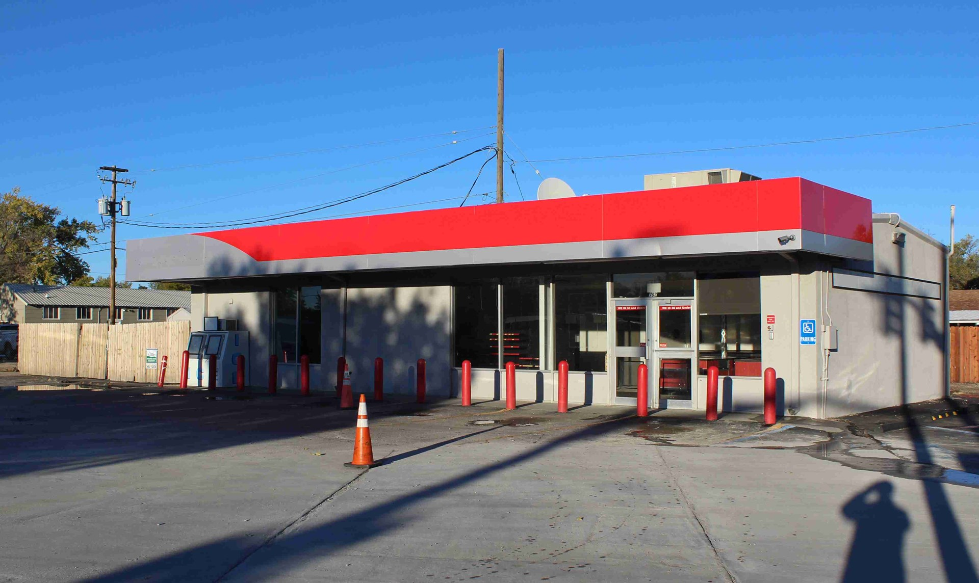 Commercial Property with Ideal Location Adjacent to I-25