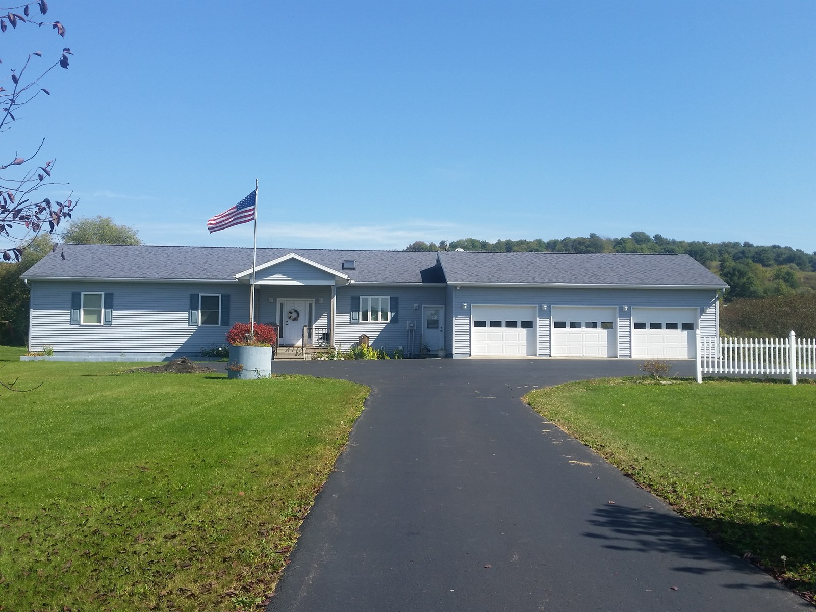 3 bed room ranch  home, UPSTATE NEW YORK,  Broome Co. .