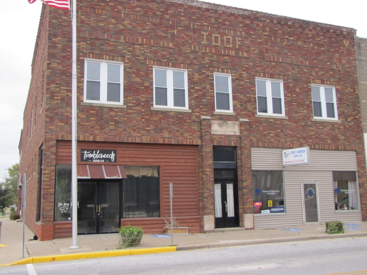 NE MISSOURI INCOME/INVESTMENT BUILDING FOR SALE MEMPHIS MO