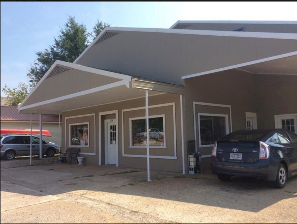Commercial  Income Potential Building in Salem AR For Sale