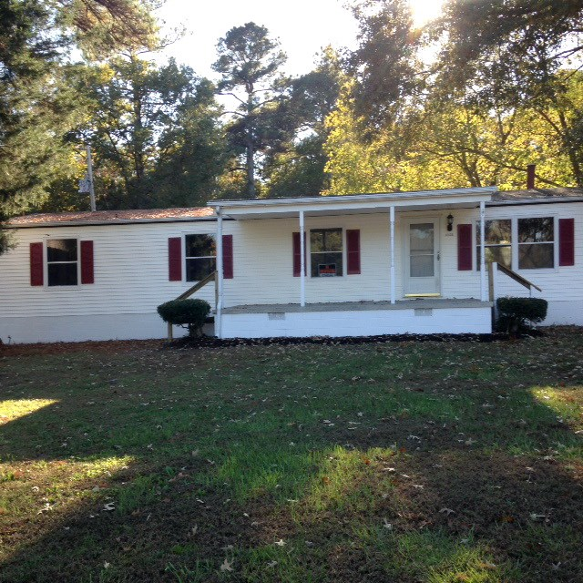 Nicely Remodeled Home on 7.97 Acres Near Petersburg, VA