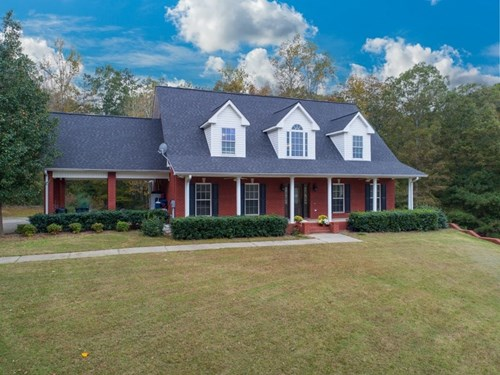 Cullman City Limits - Large house on 2 Lots!
