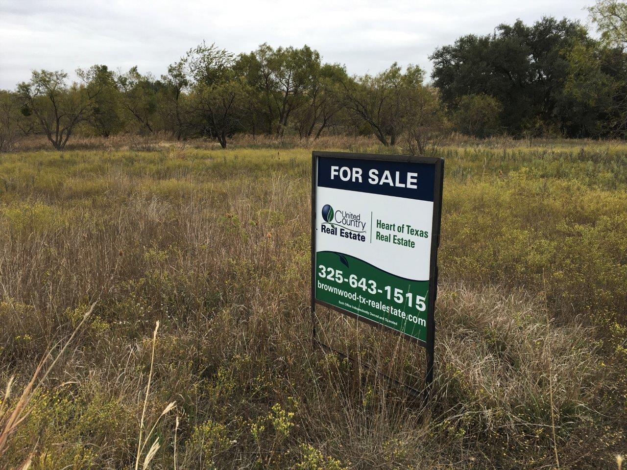 18 ACRE LOT WITH ACCESS TO PRIVATE LAKE COMANCHE TX